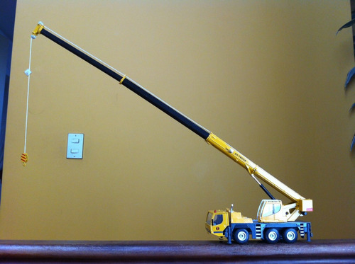 grua telescópica escala 1:50, maquinaria de construcción
