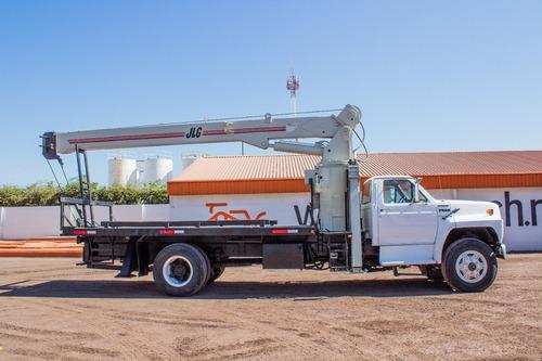 grua titan ford 1991 8 toneladas 65 pies pluma jlg