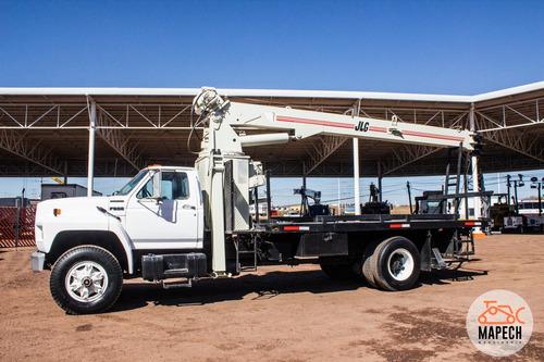 grua titan ford 8 toneladas 65 pies de extensión