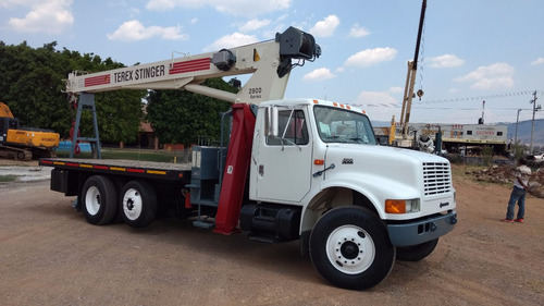 gruas titan 1999 14.5 ton. esta impecable  4000 horas