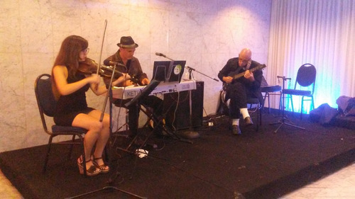 grupo boleros,serenata,instrumental,bailable,parrandas,tríos