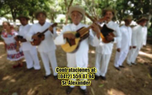 grupo criollo con arpa y bandola en vivo