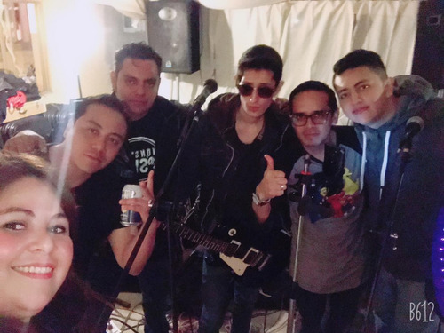 grupo de banda de rock en vivo español ingles ska