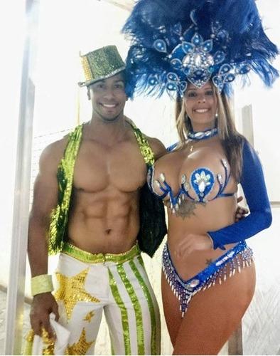 grupo de samba show, garotas, garotos, hora loca