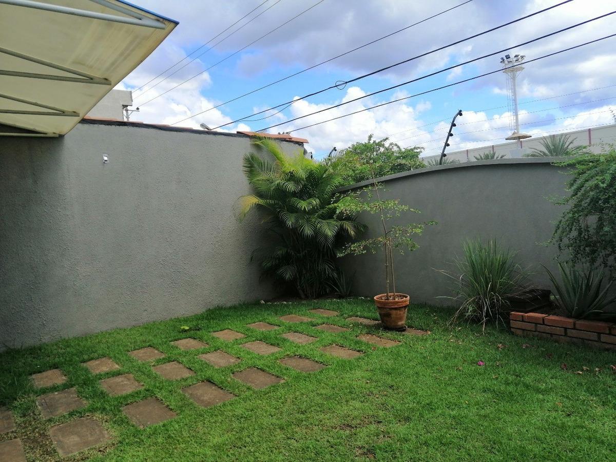grupo inmowe, en venta tonw house doña lamia, puerto ordaz