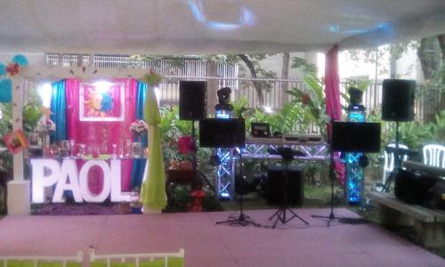 grupo musical bailable karibu banda show.