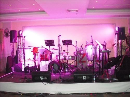 grupo musical bailable shekina show