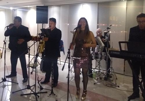 grupo musical y orquesta