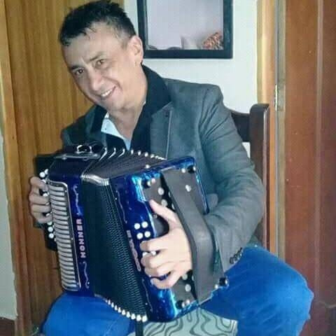 grupo vallenato en medellin 3117362423
