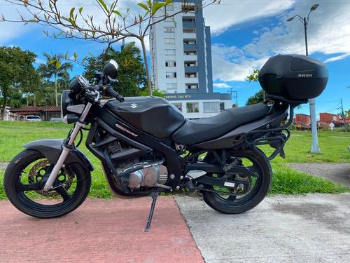 gs500 modelo 2016 32200 km