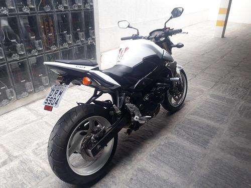 gsr 750 suzuki