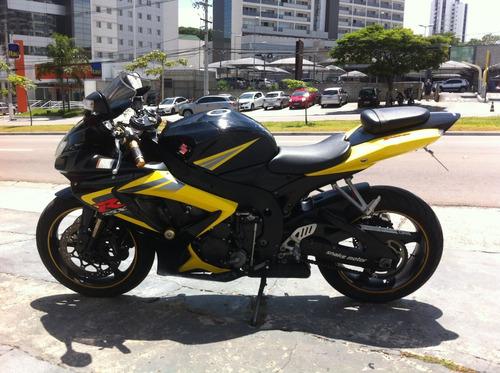 gsx r 750  srad 2007 preta\amarela toda original