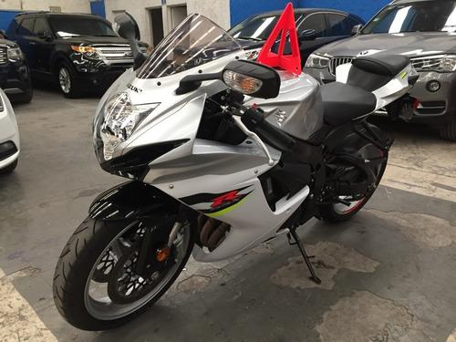 gsx r600 suzuki