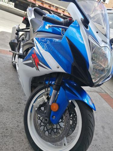 gsxr 600 modelo 2012.