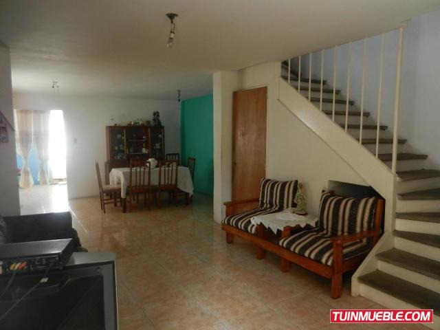 gt #18-14968 casas en venta en castillejo, guatire