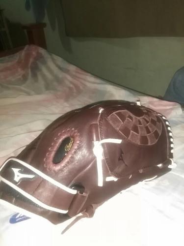 guante de sofbol y beisbol nro 13 ..marca mizuno profesional