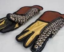 guantes con taches