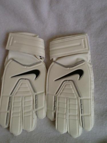 guantes nike futbol beige