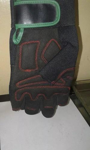 guantes para motocicleta marca forever.