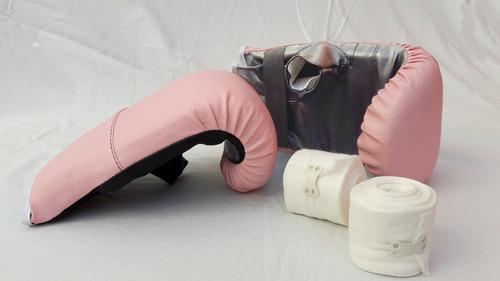 guantin rosa fuccia con vendas blancas