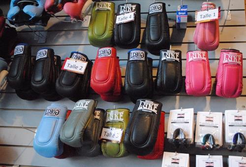 guantines de boxeo corti talle3  en turdera !!! cuero