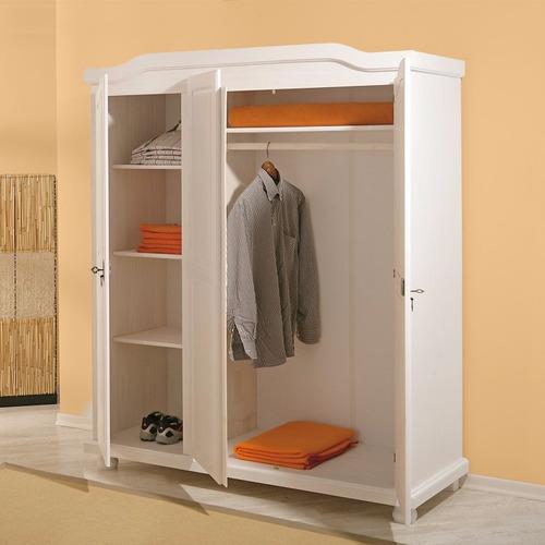 guarda roupa 3 portas madeira maciça de pinus branco lavado