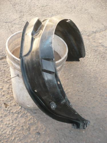 guardafango celerio 2011 chofer usado  - lea descripción