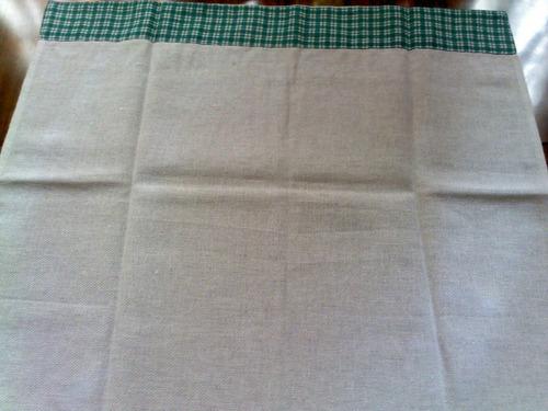 guardanapo bordado com barrado