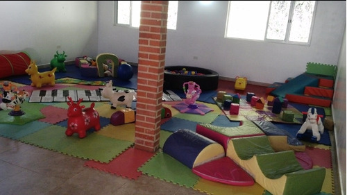 guardería infantil para fiesta-evento-celebración-baby gym
