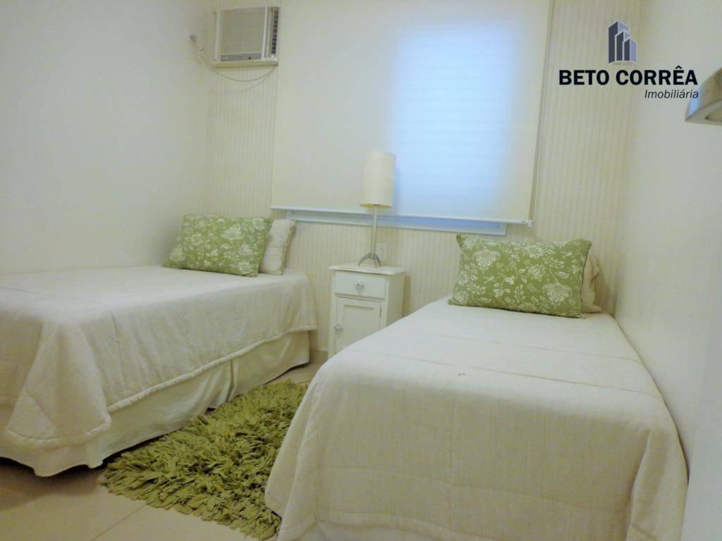 guarujá, enseada - lindo, majestoso para pessoas de bom gosto, apartamento decorado próximo a praia. - ap0287