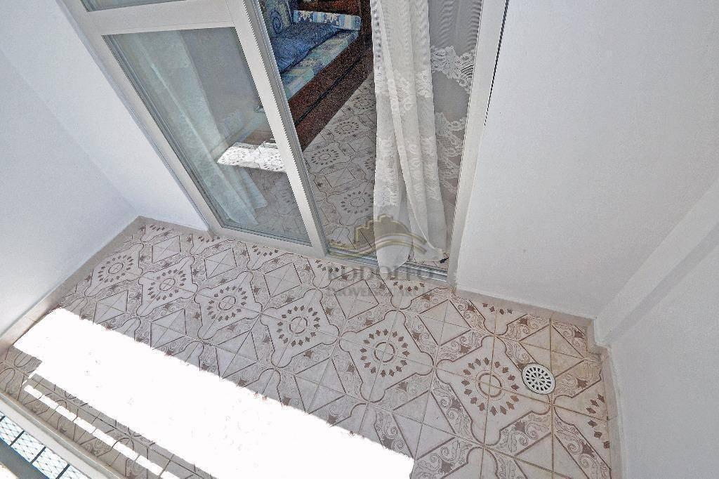 guarujá pitangueiras, sacada, vista mar, quadra mar, elevador andar alto, 1 vaga no prédio e lazer, baixo custo mes!! - ap0397
