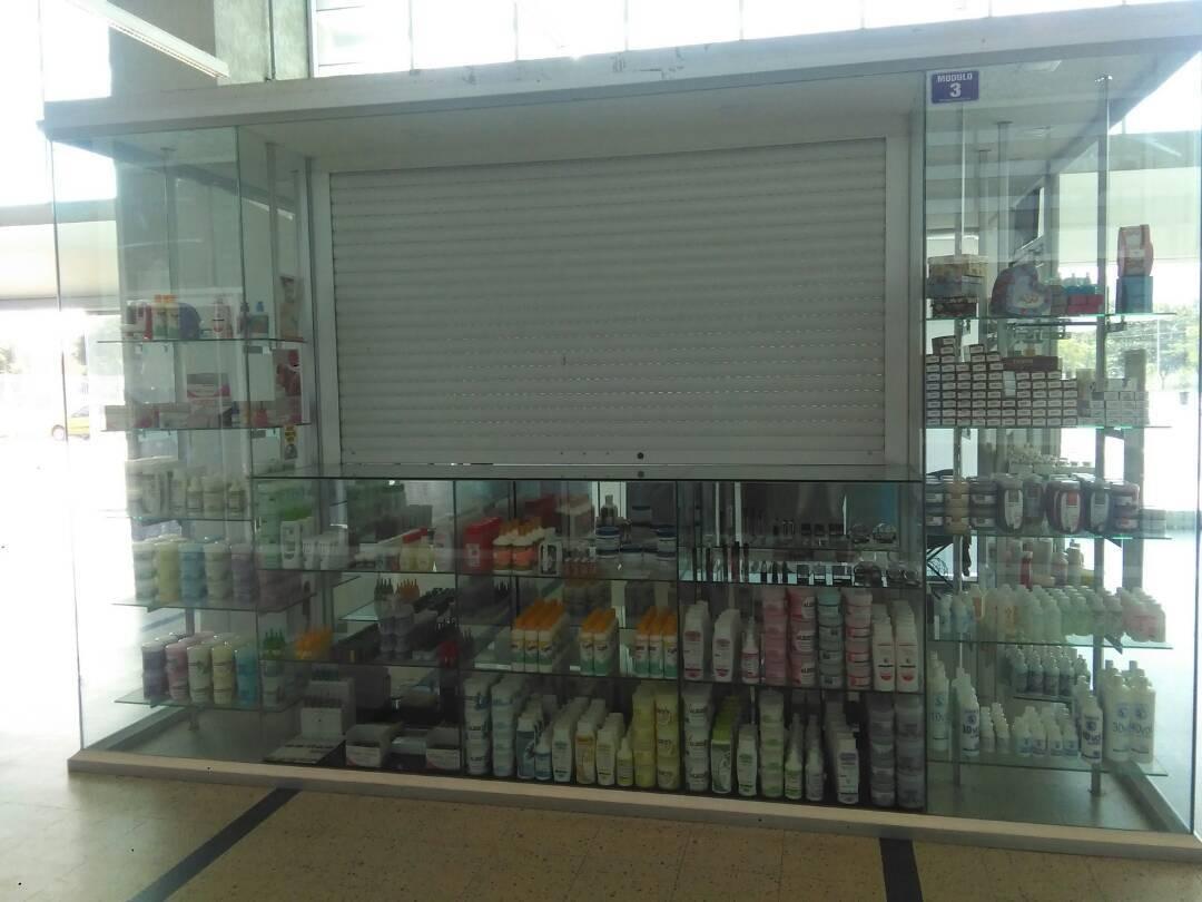 guatire av intercomunal central madeirense local en venta