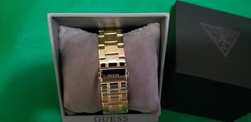 guess women's stainless steel classic bracelet watch u0330l1