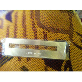 Guia De Assinatura De Metal Para Deficientes Visuais