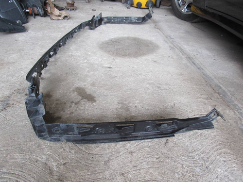 guia de fascia trasera volkswagen jetta a-4 1999-2007