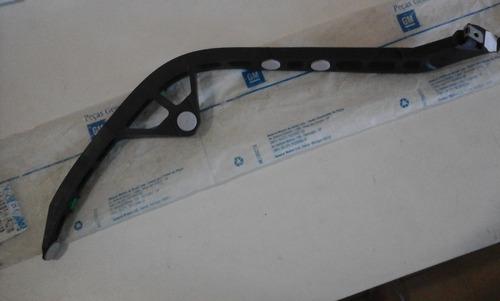 guia do parachoque traseiro direito gm astra cog 90559519