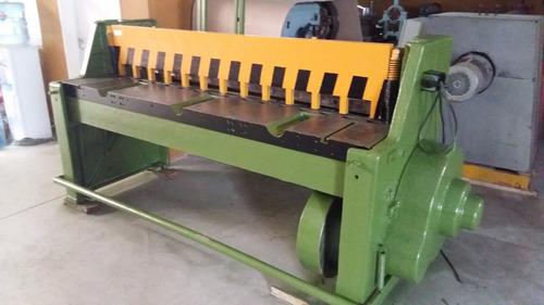 guillotina de chapa marca maroni de 2100 mm x 2 mm c/retardo