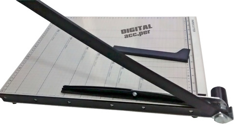 guillotina grande metálica de 45 cm x 38 cm