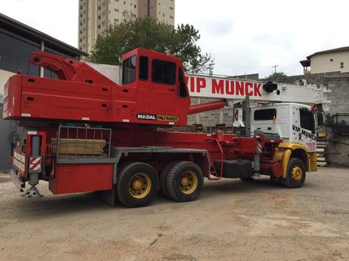 guindastes madal  caminhão munck