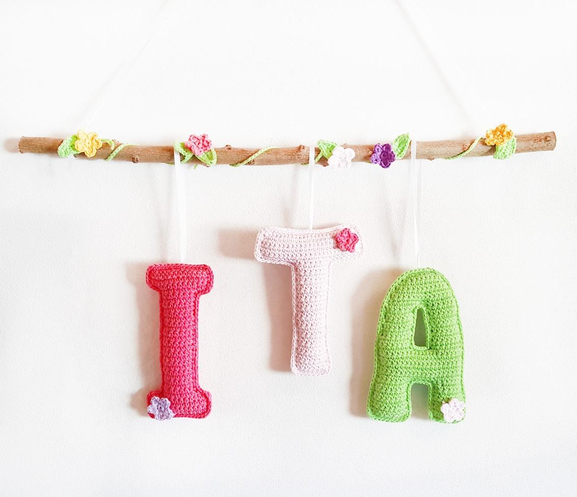 Guirnalda Cartel Crochet Con 3 Letras Tejidas Y Flores - $ 980,00 en ...