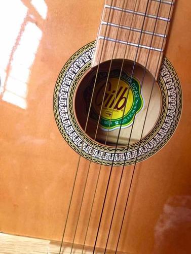 guitarra acústica marca gilb