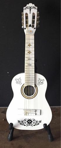 guitarra chica coco -jazal-
