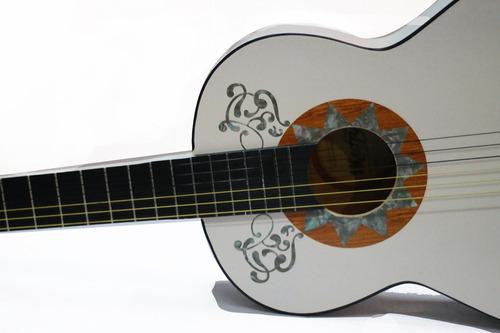 guitarra coco disney funda de regalo