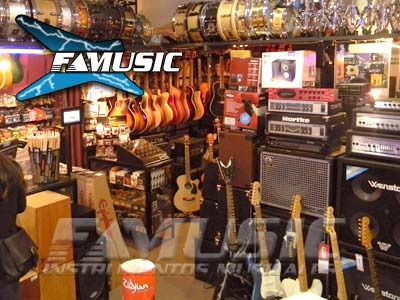 guitarra criolla clasica c/ microfono gracia modelo m6 c/ eq