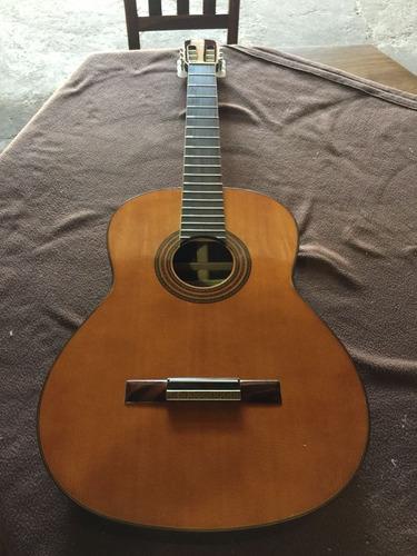 guitarra criolla de concierto
