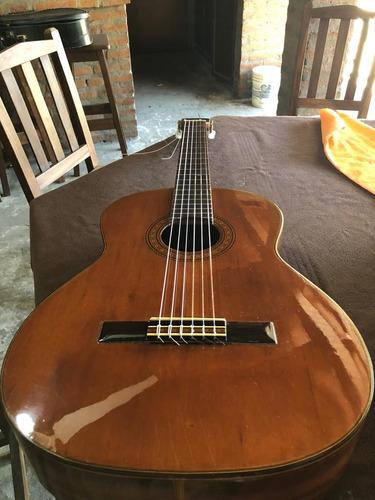 guitarra de concierto takamine
