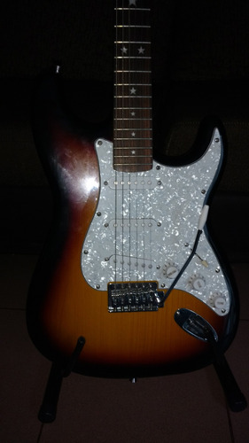 guitarra electrica accord stratocaster + funda