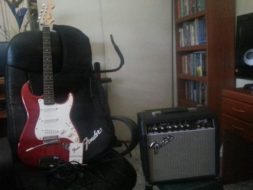 guitarra electrica fender con amplificador