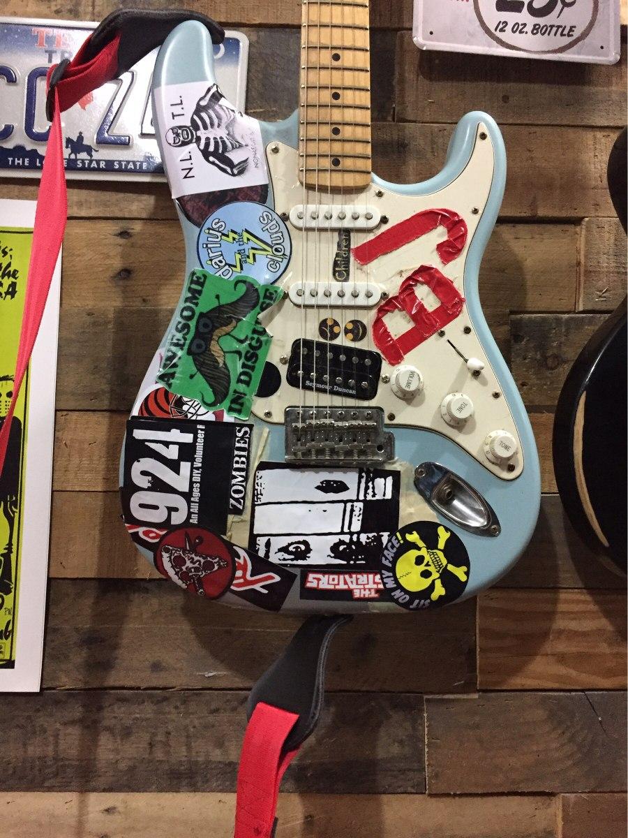 Guitarra Electrica Fender Daphne Blue Billie Joe Armstrong