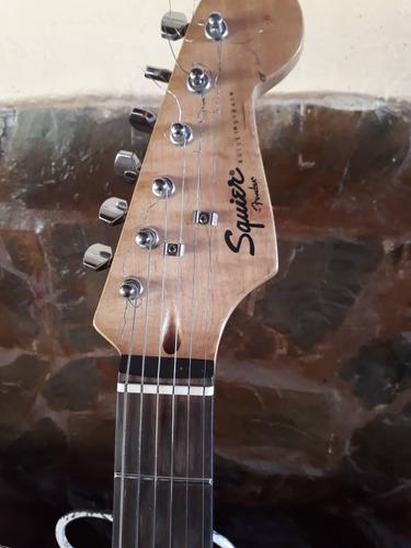 guitarra eléctrica fender squier + amplificador 15 wtts